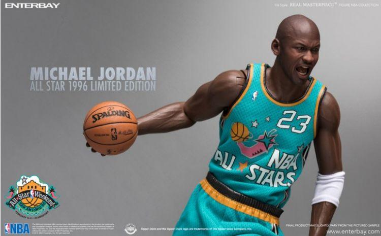 Figurine articulée de Michael Jordan de la marque ENTERBAY