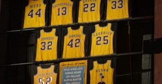 Maillots retirés par les L.A. Lakers